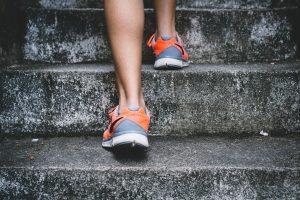 'השפעת אימון גופני אירובי ואימון התנגדות כנגד כוח על רקמת שומן לבבית: ניתוחים משניים של ניסוי קליני אקראי'