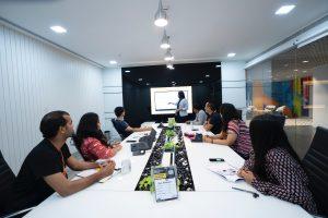 ארגונומיה והפרעות שריר ושלד במקום עבודה והשפעת תכניות מניעה לצמצומם